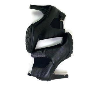 Tahari 'Trent' Black Pebble Leather Boots